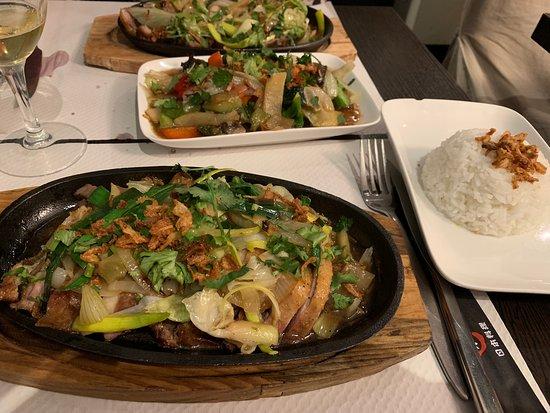 L'Orient : canard laqué (pas tout a fait) mais excellent copieux varié et frais en accompagnement