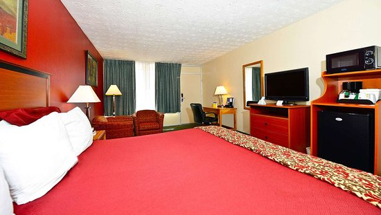 MH MountainView Covington VA Guestroom King