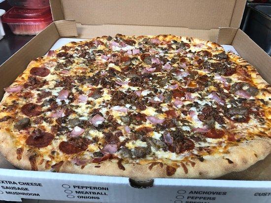 pizza deals in woonsocket ri