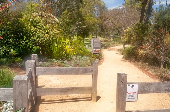 Sale Botanic Gardens: One of the entry points
