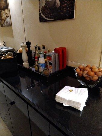 Palazzo Veneziano: Breakfast