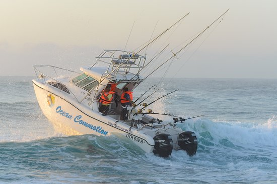 St Lucia, Afrique du Sud : Our 24ft Sportsfisher powered by 2 x 200 hp mercury motors