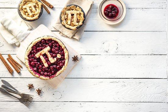 The Pie Hole : Oggi è la giornata mondiale del Pi Greco π e il modo migliore per celebrarla è mangiare cibi ispirati al π 😋 #piday #pigreco