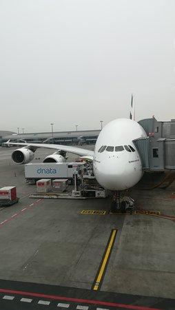 Emirates : A 380 - luxus v oblacích