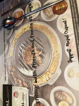 The table top grill Photo de Magal Korean BBQ, Jimbaran