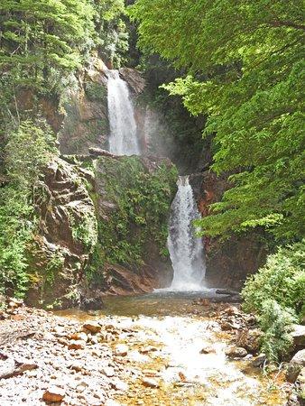 Puerto Chacabuco, Cile: Cascada La Virgen