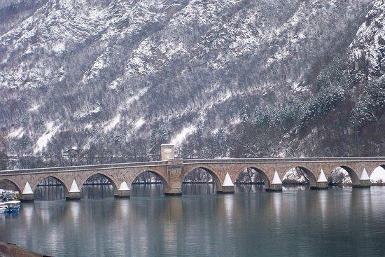 a bridge for Nobel