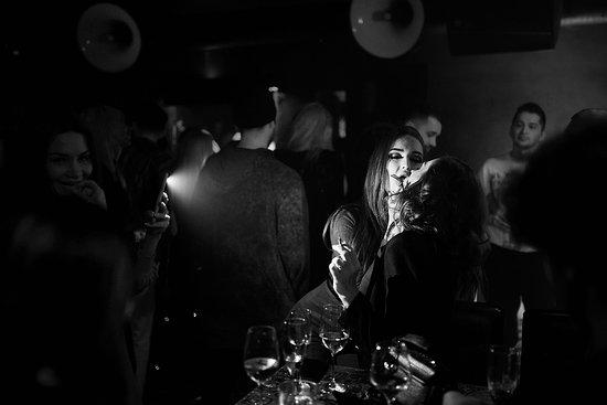 Клубы в москве на сухаревской вакансии в клубах москвы официант