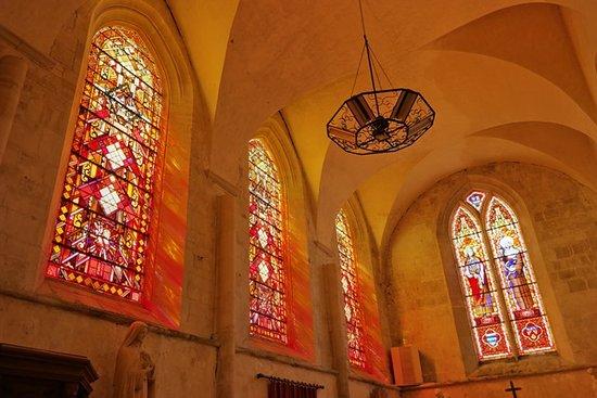 Eglise Saint Vigor: Витражи капеллы Святого Себастьяна