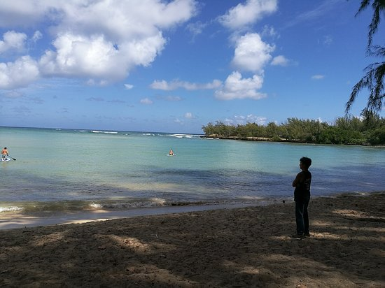 Kawela Bay, Hawaje: 朝 穏やかなビーチ