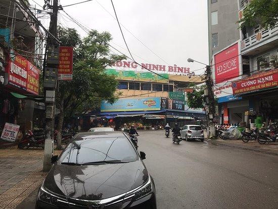 Rong Market Ninh Binh