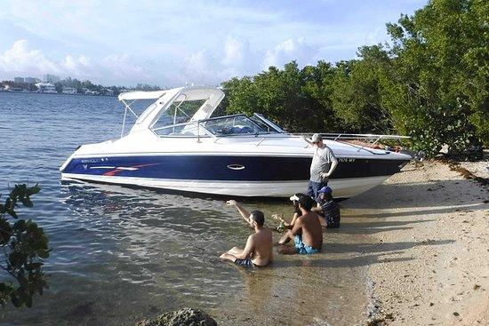 Miami Formula Powerboat Sightseeing...