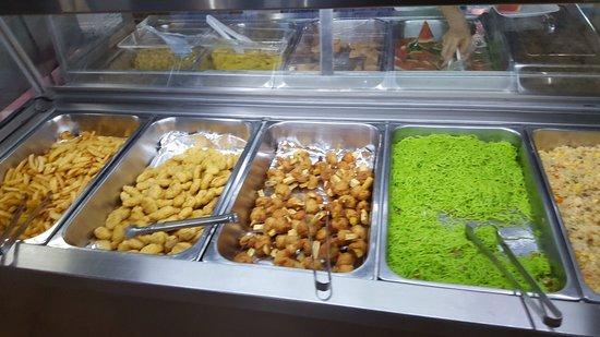 Khon Kaen Buffet BBQ: Это готовая еда. Как правило её используют для детей и людей с особым режимом питания.