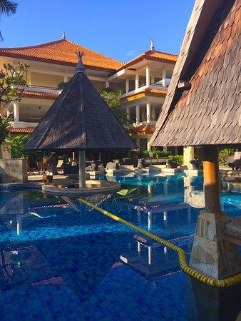 Pool nearest to hotel