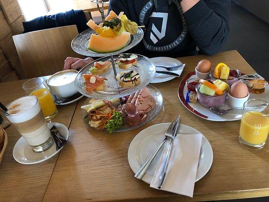 Illertissen, Germany: Cafe Schneewittchen