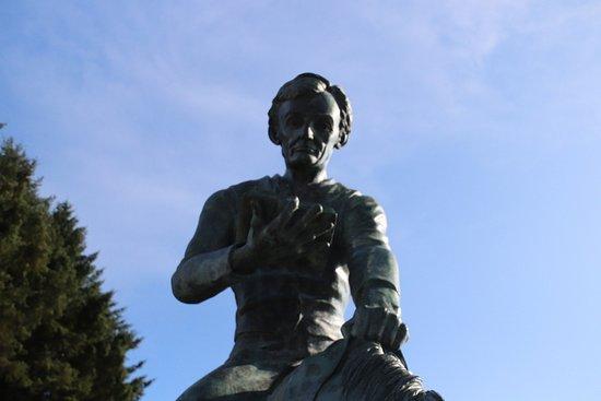 Abraham Lincoln Memorial Statue