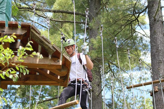 No Boundaries X-Treme Adventures: Tree top obstacle course and canopy tours.