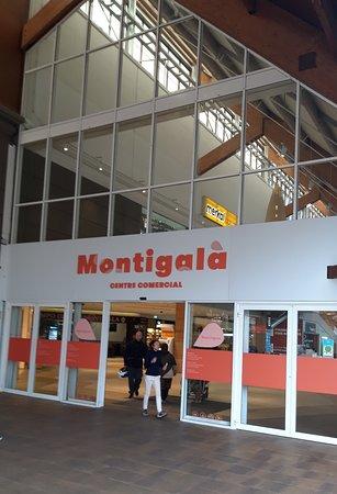 Badalona, إسبانيا: Centre Comercial Montigalà