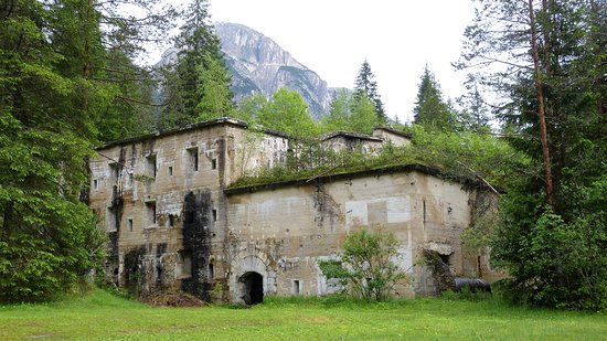 Dobbiaco, Italië: 20180613 - Forte di Landro