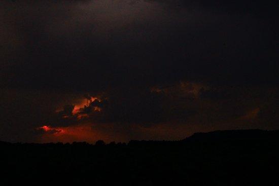 Ribaute, צרפת: Vue des Corbières de nuit