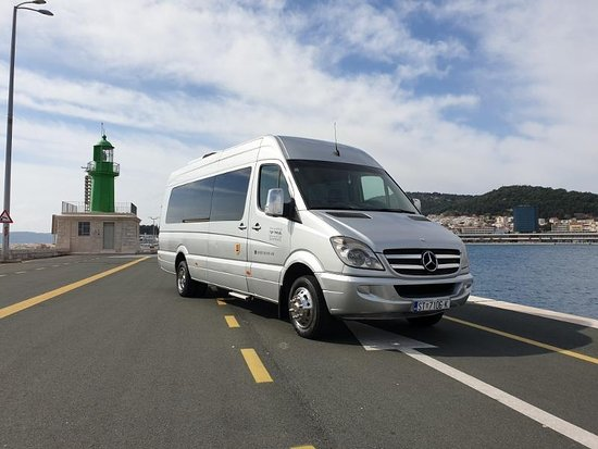 Top travel Split - Croatia transfers & airport shuttles
