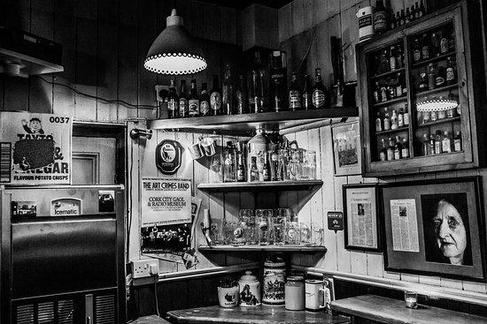 Dennehy's Bar