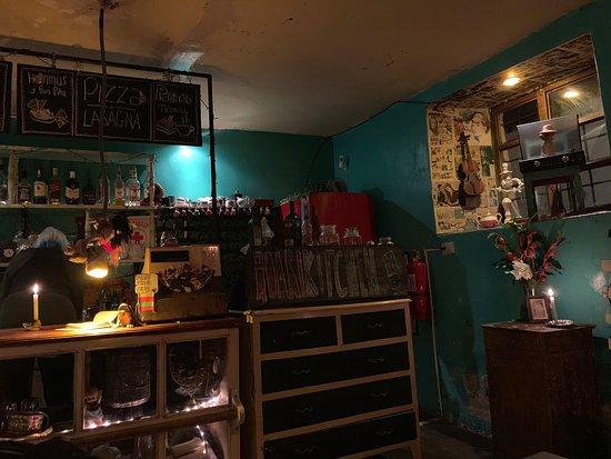 El Huarique Bar & Tapas