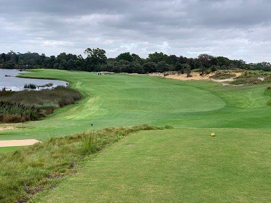 Lakes Golf Club