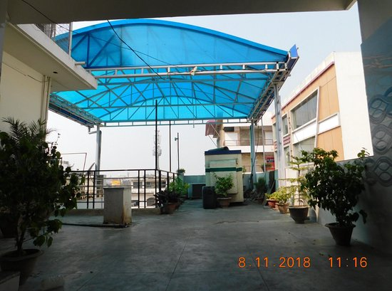 TIRUPATI GUEST HOUSE (Gorakhpur) - Hostel Reviews, Photos