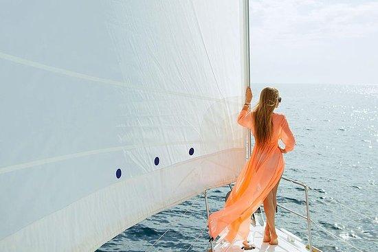 私人哈尔基迪基帆船之旅前往锡索尼亚和卡珊德拉