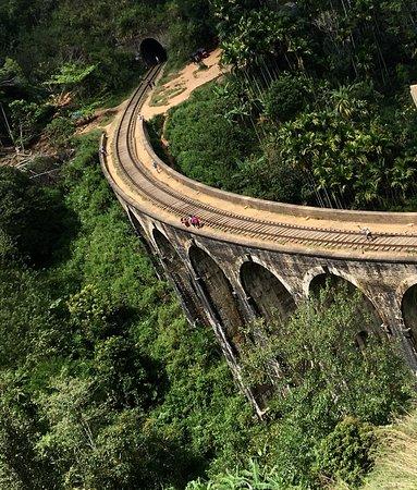 Sunbird Lanka Tours & Travels: Nine Arch bridge