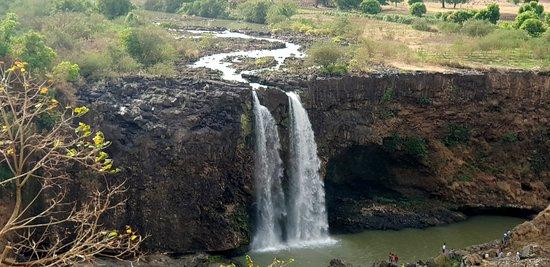 Blue Nile Falls: le cascate, quando la diga è chiusa, assomigliano ad un ruscello..