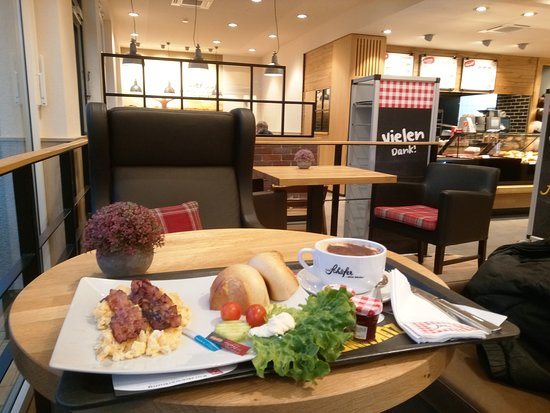 Solms, Germany: Das gute Frühstück