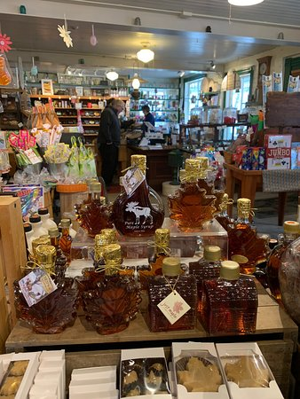 Barrington, NH: Calef's Country Store