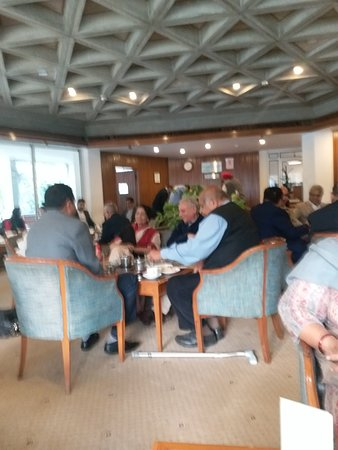 India International Centre: This is another picture of the coffee shop of the Centre where members with guests and visitors enjoy tasty snacks and meals. Governor Amolak Rattan Kohli
