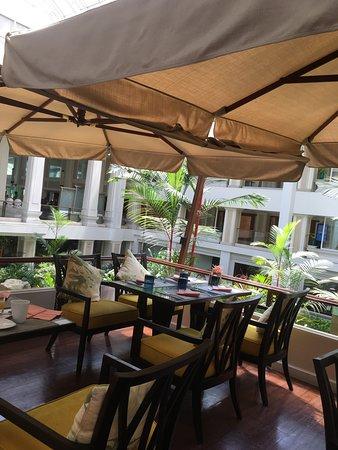 Dusit Thani Pattaya: Breakfast