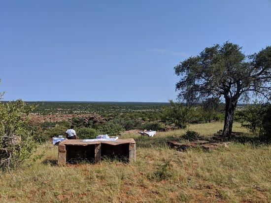 Northern Tuli Game Reserve, Botswana: Breakfast lookour