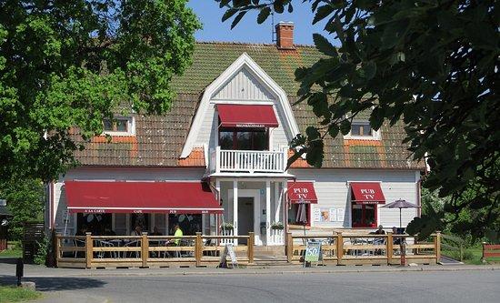 Regnbågsdalen Café & Guesthouse