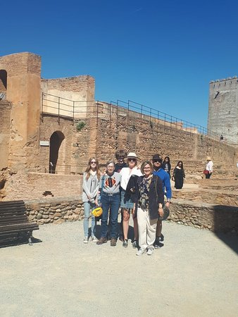 #Alhambra Private Tour March 2019 Family S with guide Ana