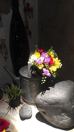 Composition flower