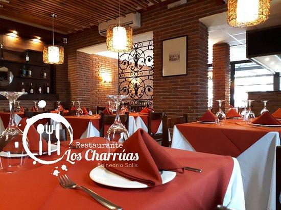 Los Charrúas Restaurante