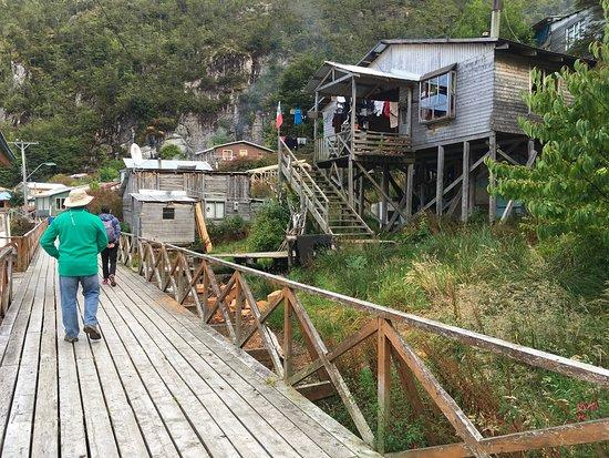 Puerto Guadal Photo