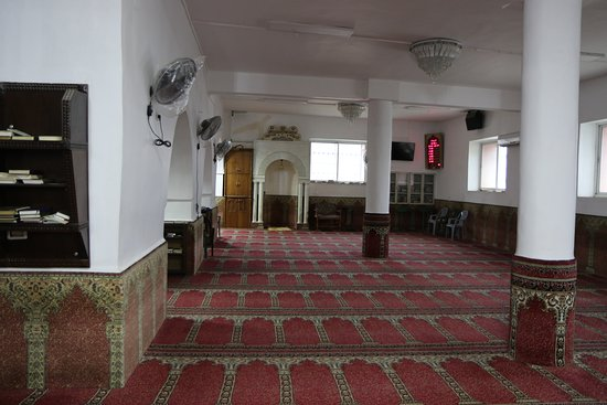 Hebron, Palestinian Territories: Inside mosque