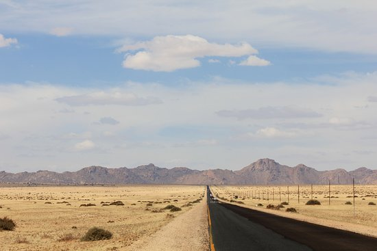 Namib-Naukluft Park, Namibia: strada verso Aus