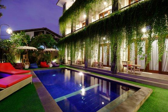 Pool - Picture of Vansari Hotel Seminyak - Tripadvisor