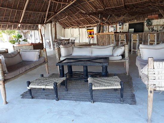 Merry Crab Cove ~ Apres Safari Beach Hotel