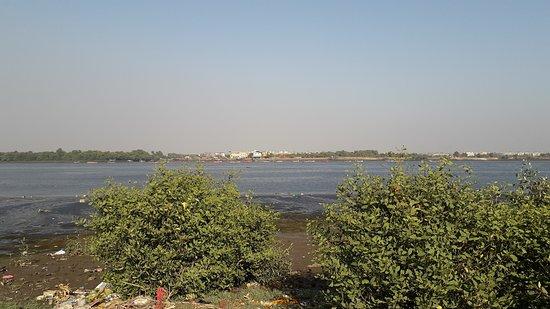 Kolshet Creek