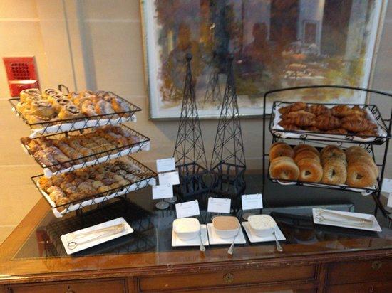 The Langham, Boston: Breakfast buffet