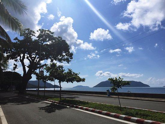 Con Dao Islands, Vietnam: Du lịch Côn Đảo tháng 8. Thời tiết đẹp, biển xanh và không khí trong lành, không quá nắng nóng. Tuy nhiên khả năng gặp biển động, tàu ra khơi bị hủy là khá cao.