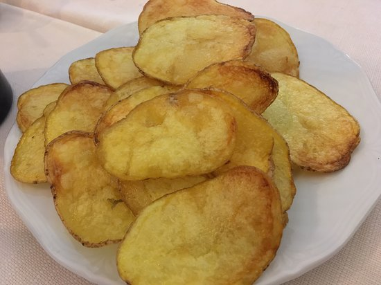 Allumiere, Italy: Patate fritte